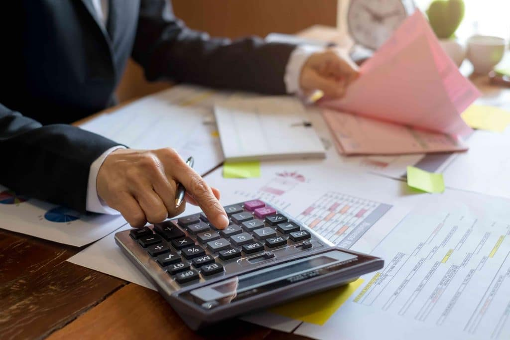 Image-of-Bookkeeper-Tucson-Accounting-Firm-www.flowersrieger.com-CPA-Tucson-Tax-Preparation-Sell-your-Business-Buy-a-Business-Business-Consultant, Tucson CPA Firm, Tax Returns Tucson